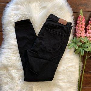 Madewell▪️Roadtripper Jeans in Bennett Black.